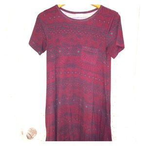 Lularoe Carly maroon and teal sm.  tee shirt dress